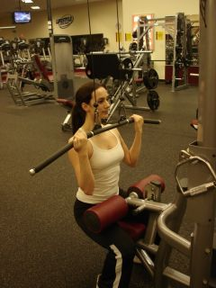 Reverse grip pulldowns -- second position